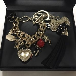 Jessica Carlyle Charm Bracelet Watch Keychain Set